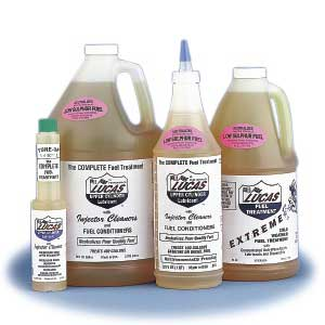 Lucas Upper Cylinder Lubricant and Injector Cleaner (Fuel Treatment) - 1 Quart Bottle